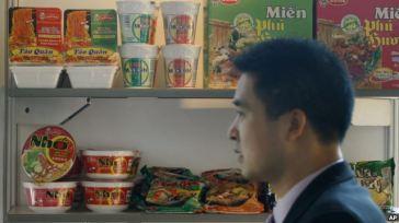 Ảnh minh hoạ: Các loại mì ăn liền của Việt Nam. Ảnh: AP