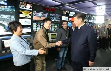 Tập Cận Bình viếng thăm các cơ quan truyền thông nhà nước, trong đó có CCTV. Nguồn: Ma Zhancheng/ AP