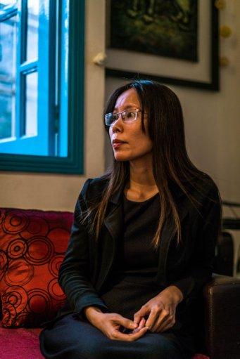 (ảnh) Nguyễn Trang Nhung, 34 tuổi, mô tả việc ứng cử của mình như là một thách thức đối với một chính phủ vốn thường phải đối mặt với những chỉ trích nặng nề từ các tổ chức nhân quyền quốc tế đối với việc bỏ tù các nhà bất đồng chính kiến. (ảnh của Quinn Ryan Mattingly cho The New York Times)