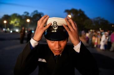 Hình ảnh một thành viên của quân nhạc Hải quân Ấn Độ, ảnh chụp tại New Delhi, vào ngày 4 tháng 3. Nhật Bản và Việt Nam đang đề nghị Ấn Độ giúp đỡ để chống lại sự gây hấn của Trung Quốc trên Biển Đông. (Nguồn ảnh: Chandan Khanna/AFP/Getty Images)