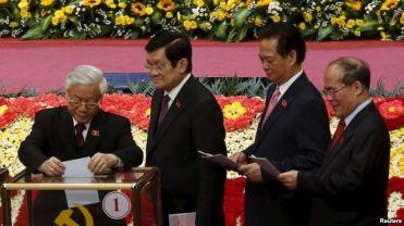 Ngoài người đứng đầu chính phủ, Chủ tịch nước Trương Tấn Sang, Thủ tướng Nguyễn Tấn Dũng, và Chủ tịch Quốc hội Nguyễn Sinh Hùng cũng sẽ bị bãi nhiệm trước khi có quốc hội mới khóa 14. Photo: Reuters