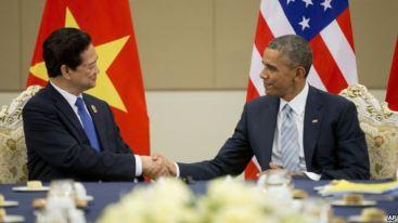 Ảnh minh họa: Tổng thống Obama và Thủ tướng Việt Nam Nguyễn Tấn Dũng trong cuộc họp tại Naypyitaw, Myanamr, ngày 13/11/2014. Photo: AP