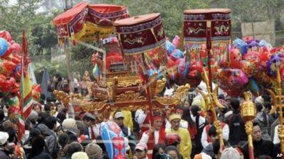 Ảnh minh họa: Lễ hội Cổ Loa tại huyện Đông Anh, Hà Nội. Ảnh: AP