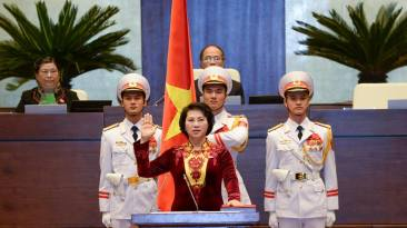 Bà Kim Ngân đang thề. Nguồn: internet