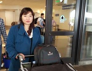 Bà Vũ Minh Khánh, vợ của LS Nguyễn Văn Đài tại sân bay Los Angeles hôm 14/4/2016. RFA photo