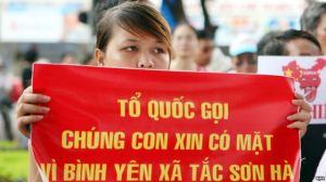Ảnh minh hoạ: Biểu tình chống Trung Quốc tại Hà Nội. Ảnh: EPA
