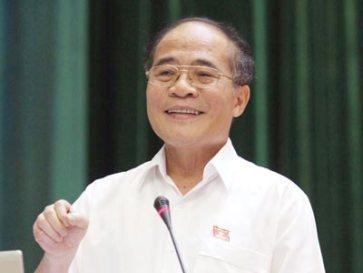 Ông Nguyễn Sinh Hùng khi còn đương chức