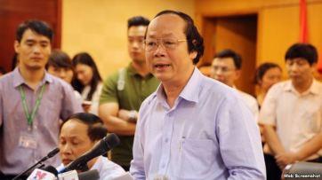Thứ trưởng Bộ Tài nguyên và Môi trường Võ Tuấn Nhân phát biểu trong cuộc họp báo về việc cá chết hàng loạt ở bờ biển miền trung Việt Nam gần đây, tại Hà Nội, Việt Nam ngày 27 tháng 4 năm 2016. Ảnh chụp màn hình.