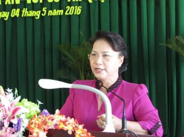 Chủ tịch QH Nguyễn Thị Kim Ngân khẳng định chủ quyền là thiêng liêng, bất khả xâm phạm. Ảnh: N.NAM