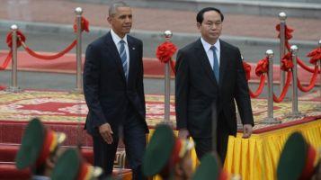 Cuộc gặp mặt ngày 23/5 của Tổng thống Obama với Chủ tịch nước Trần Đại Quang. Ảnh: AFP