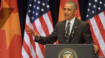 Tổng thống Mỹ Barack Obama đọc diễn văn tại Trung tâm Hội nghị Quốc gia ở Hà Nội, ngày 24/5/2016. Ảnh: Reuters