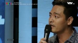 """Ảnh: MC Phan Anh trong chương trình """"60 phút mở"""". Ảnh chụp màn hình."""