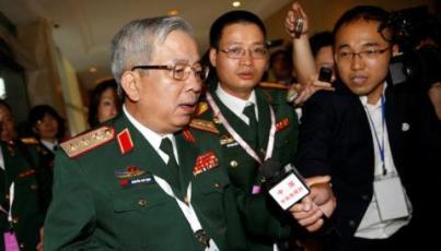 Thượng tướng Nguyễn Chí Vịnh tại Đối thoại Shangri-la. Ảnh: Reuters.