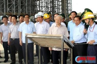 TBT Nguyễn Phú Trọng đi thăm Formosa Hà Tĩnh ngay khi xảy ra vụ cá chết hàng loạt. Nguồn: internet