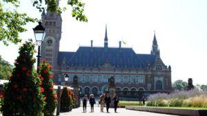 Nhiều quốc gia đang chờ đợi phán quyết của Tòa trọng tài tại The Hague