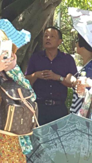 HDV người Trung Quốc hoạt động chui đang là nỗi 'ám ảnh' của ngành du lịch Đà Nẵng. Ảnh: HDV tiếng Trung cung cấp
