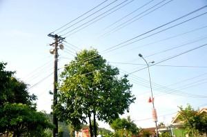 Các cụm loa truyền thanh không dây tại huyện Phú Lộc xuất hiện tình trạng nhiễu sóng. Ảnh: Đ.K