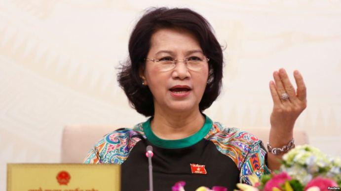 Chủ tịch Quốc hội Nguyễn Thị Kim Ngân tại một cuộc họp báo ở Hà Nội, 23/7/2016. Ảnh: Reuters.