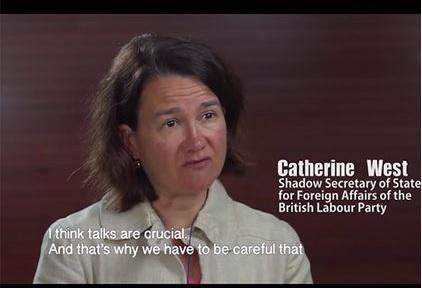 Hình ảnh bà Catherine West trong video.