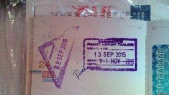Nữ du khách TQ cho biết rằng hộ chiếu của bà đã bị ghi một từ chửi tục sau khi bị nhân viên hải quan giữ khoảng vài phút. Ảnh: public domain