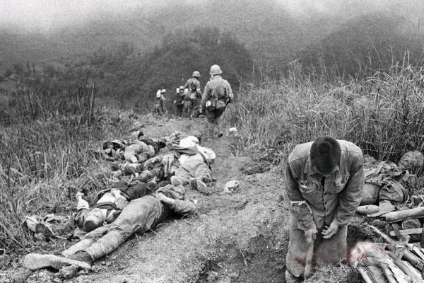 Cảnh tượng đầy thảm khốc của quân đội Trung Quốc sau một trận đánh. (Ảnh mạng)