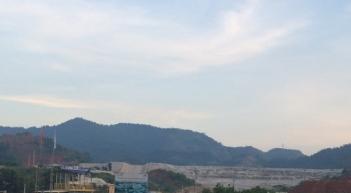 Dự án Núi Pháo nhìn từ bên ngoài- ảnh Trí Lâm