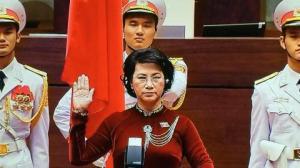 Bà Nguyễn Thị Kim Ngân tuyên thệ lần thứ 2. Ảnh: báo Tuổi trẻ
