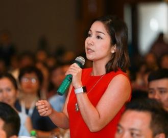 Ca sĩ Mỹ Linh phát biểu tại Diễn đàn về thực phẩm sạch. Ảnh Thành Đạt/ VietQ