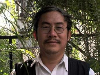 Nhà thơ Thái Bá Tân. Ảnh: tinhhoa.net