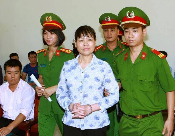 Chị Cấn Thị Thêu tại phiên xử sáng ngày 20.09.2016. Ảnh: FB Luân Lê