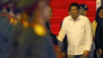 Ông Duterte chỉ thị giết nghi phạm ma túy khiến 2.400 người bị giết từ khi ông nhậm chức tháng 6/2016. Ảnh: AP