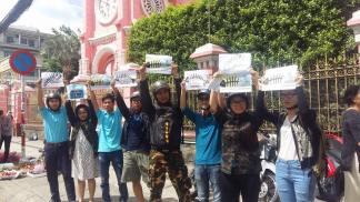 Biểu tình đòi Formosa cút khỏi VN. Nguồn: internet