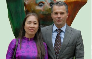 Blogger Mẹ Nấm và ông Felix Schwartz, Political Officer at the German Embassy in Vietnam