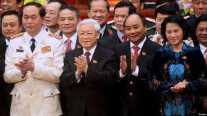 (Từ trái sang) Chủ tịch nước Trần Đại Quang, Tổng Bí thư Nguyễn Phú Trọng, Thủ tướng Nguyễn Xuân Phúc và Chủ tịch Quốc hội Nguyễn Thị Kim Ngân tại Đại hội Đảng Cộng sản Việt Nam lần thứ 12, ngày 28/1/2016. Ảnh: Reuters.