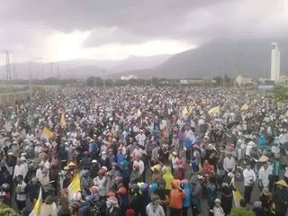 Người dân xuống đường phản đối Formosa. Nguồn: Facebook