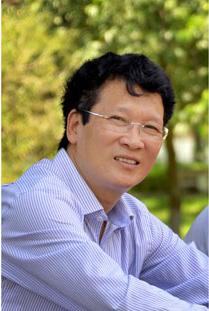 Nhà thơ, nhà báo Nguyễn Thành Phong. Ảnh: HNVC