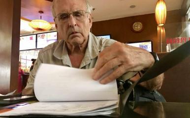 Ronald Haeberle, cựu phóng viên chiến trường Mỹ. Ảnh: Trương Duy Nhất.