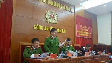 Công an tỉnh Yên Bái tổ chức họp báo kết quả điều tra vụ Bí thư và Chủ tịch HĐND bị bắn chết tại phòng làm việc. Ảnh: TN