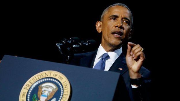 Ông Obama nhấn mạnh vào nền dân chủ Mỹ trong bài phát biểu chia tay. Ảnh: Reuters.