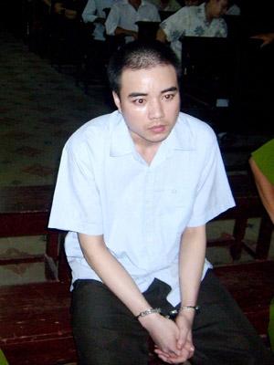 Tử tù liên tục kêu oan Hồ Duy Hải trong phiên phúc thẩm năm 2009. Ảnh: Vũ Mai/ TT Pháp luật