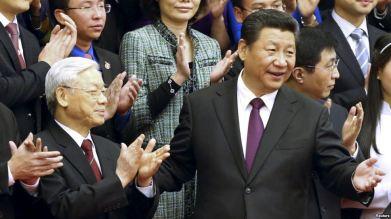 Ông Nguyễn Phú Trọng và Chủ tịch Trung Quốc Tập Cận Bình trong chuyến thăm năm 2015. Ảnh: Reuters.