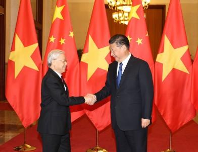 Chủ tịch Trung Quốc Tập Cận Bình đón Tổng bí thư Nguyễn Phú Trọng tại Đại lễ đường Nhân dân ở thủ đô Bắc Kinh Ảnh: TTXVN
