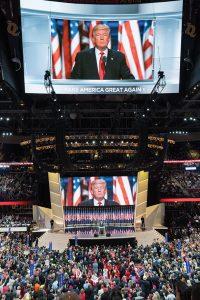 Trump phát biểu tại Đại hội Đảng Cộng hòa 2016.