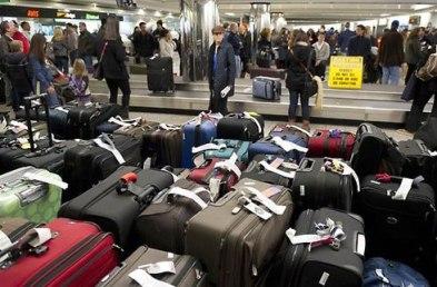 """Hành lý ở sân bay rất dễ bị """"rút ruột"""". Ảnh: internet"""