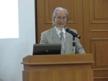 Cụ Nguyễn Khắc Mai – Giám đốc Trung tâm Nghiên cứu Văn hóa Minh triết. Ảnh: internet
