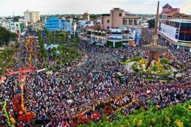 Lễ hội chùa Bà Thiên Hậu (Bình Dương). Ảnh: Du lịch Bình Dương.