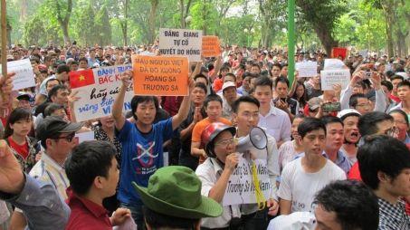 Quyền biểu tình được cho là một khía cạnh của dân chủ. Ảnh: FB